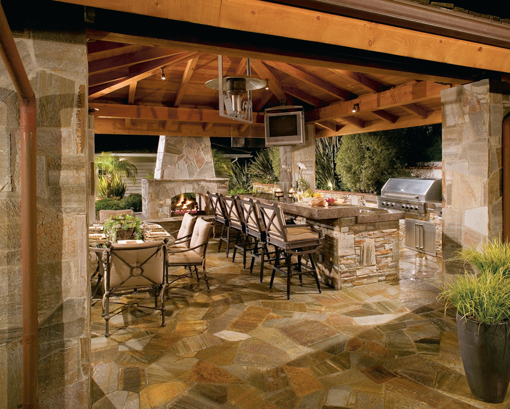 Outdoor Kitchens & Living Spaces on Patio Structure Designs id=68590
